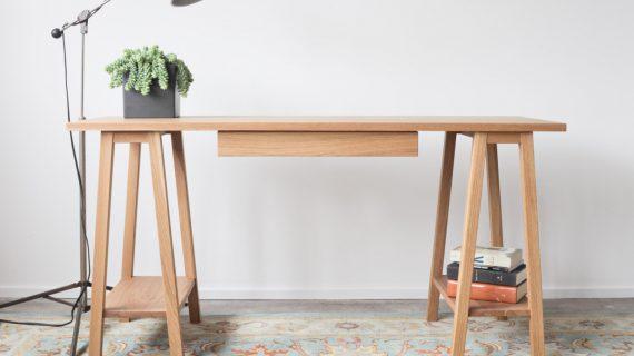 Các mẫu bàn làm việc gỗ thông đẹp
