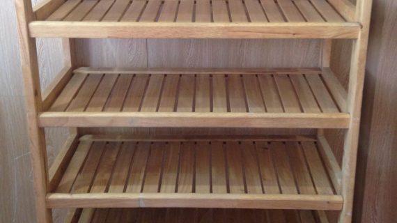 Các mẫu kệ giày gỗ cao su bền đẹp giá rẻ – giao hàng tận nơi