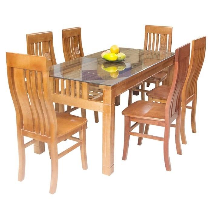 Bộ bàn ăn 6 ghế được làm từ gỗ tự nhiên