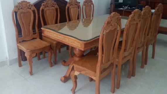 Mua bàn ăn gỗ gõ đỏ giá rẻ ở đâu có cam kết chất lượng và bảo hành dài lâu